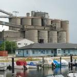 Cementfabriken i Limhamn uppfördes vid hamnen och var länge ett väl synligt landmärke i Limhamn. Merparten av fabriken är idag riven. Foto Lena Knutson Udd 2012